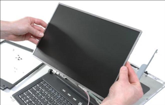 loi-man-hinh-laptop-bi-toi-bi-mo-3