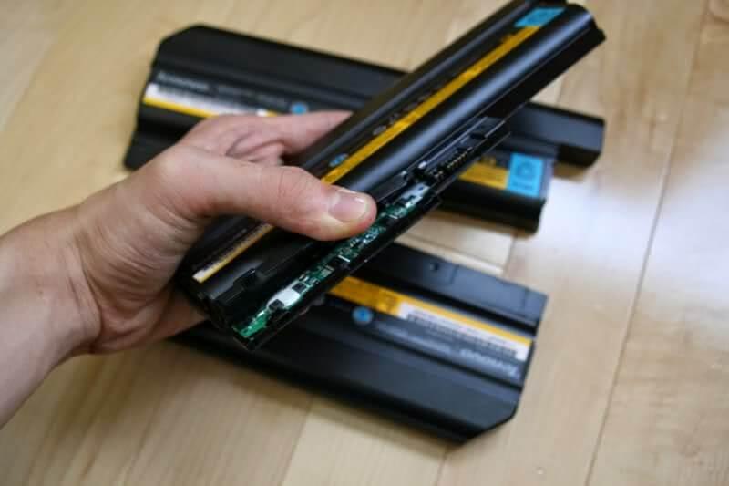 thay-pin-laptop-2