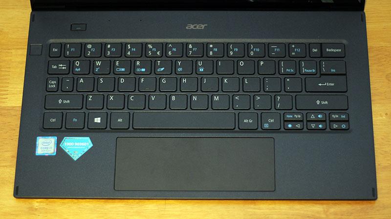 Laptop_Acer_Swift_7_12
