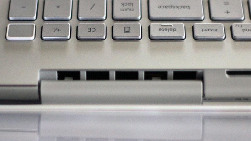 Dell Inspiron 7591_17