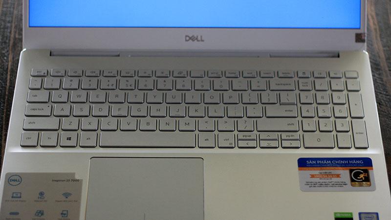 Dell Inspiron 7591_7